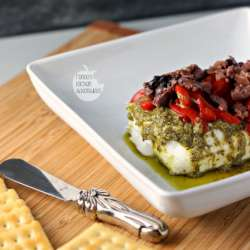 Cream-Cheese-Pesto-Dip