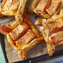 Pesto-and-salmon-parcels