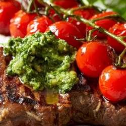 Pesto-steak-with-balsamic-tomatoes