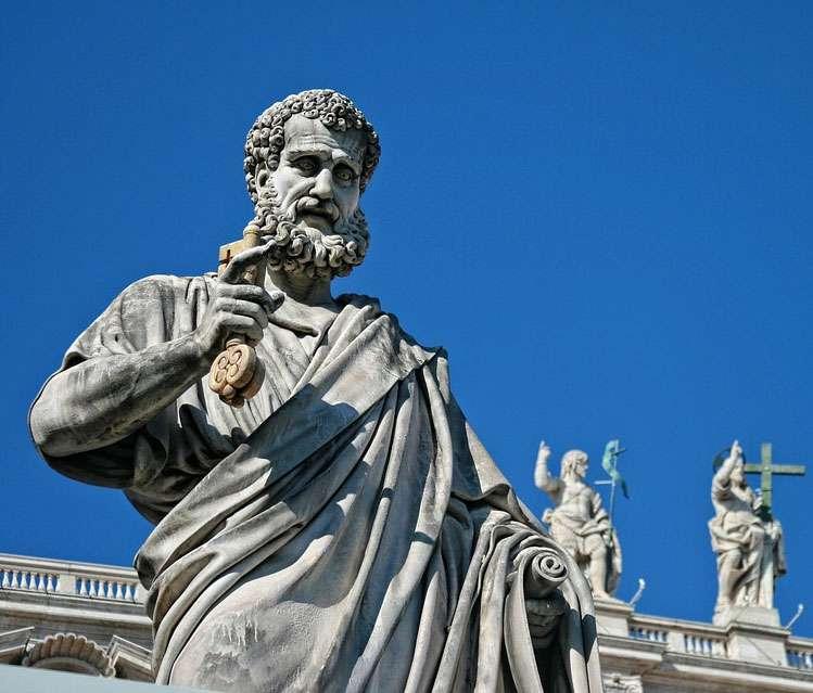Vatican-Saint-Statue-Italy