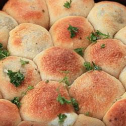 Pesto-Mozzarella-Cheese-Balls