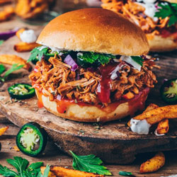 BBQ-Jackfruit-Pulled-Pork-Burger-&-Tortilla-Wraps