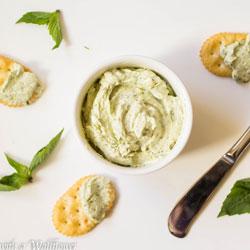 Creamy-Basil-Pesto-Dip