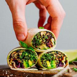 Pesto-Quinoa-Wraps