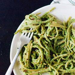 Super-Kale-Pesto