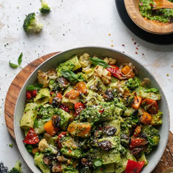 Broccoli-Pesto-Pasta-with-Roasted-Vegetables