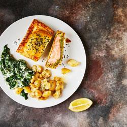Pesto-Salmon-En-Croute