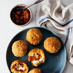 Sun-Dried-Tomato-Pesto-Arancini-Balls