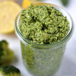 Broccoli-Paleo-Pesto